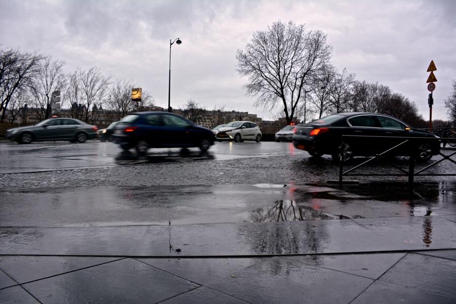 雨の日のパリを歩く_b0192703_7195322.jpg