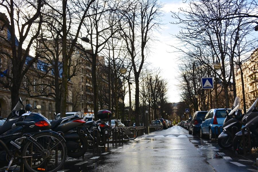 雨の日のパリを歩く_b0192703_7233715.jpg
