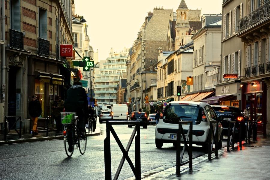 雨の日のパリを歩く_b0192703_724626.jpg
