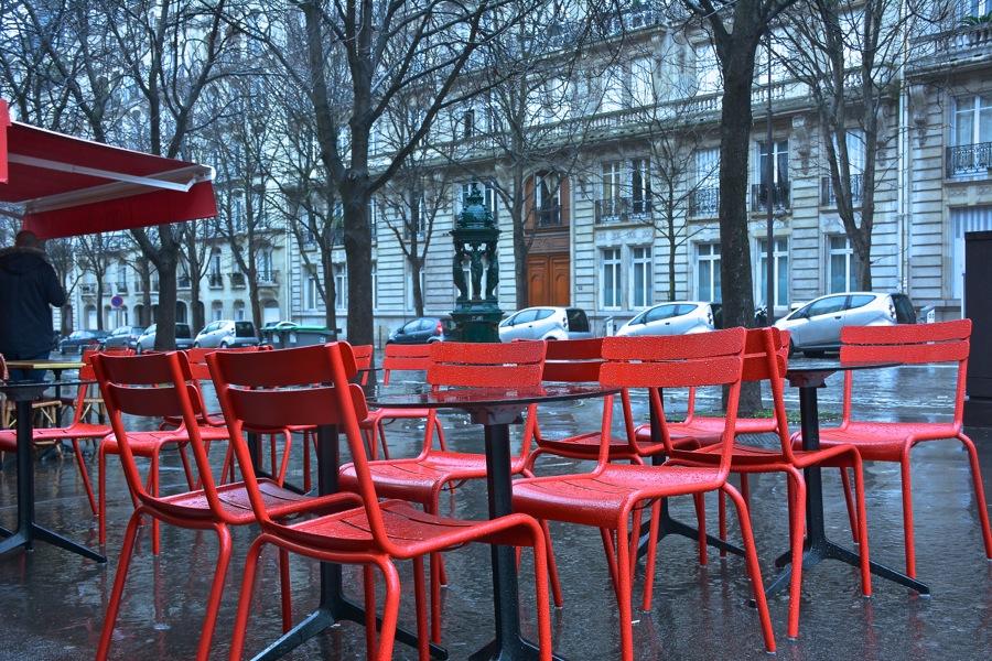 雨の日のパリを歩く_b0192703_7433174.jpg