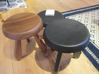 玄関にも、美しい椅子を!_d0091909_1714250.jpg