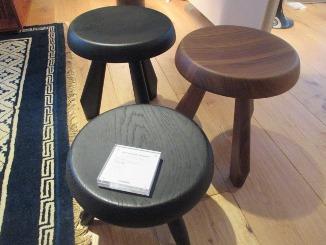 玄関にも、美しい椅子を!_d0091909_1715180.jpg