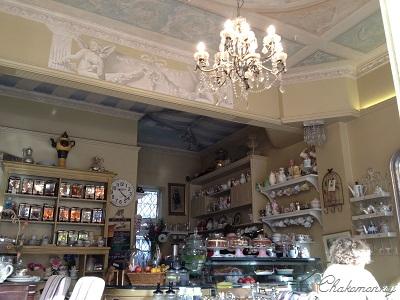 Candella Tea RoomでVintage食器に囲まれて至福のティータイム_f0238789_21271560.jpg
