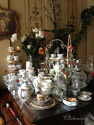 Candella Tea RoomでVintage食器に囲まれて至福のティータイム_f0238789_21302436.jpg