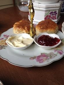 Candella Tea RoomでVintage食器に囲まれて至福のティータイム_f0238789_21351379.jpg