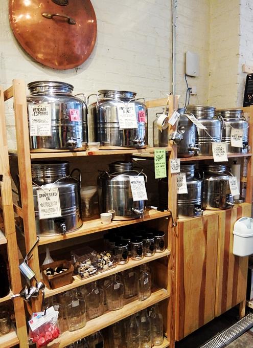 NYブルックリン生まれのユニークなキッチン用品店、The Brooklyn Kitchen_b0007805_1523670.jpg