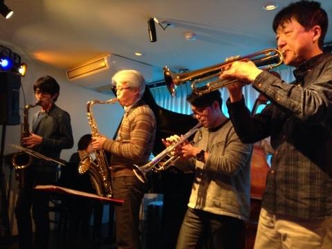 Jazzlive comin 広島  本日木曜日の催し_b0115606_12082404.jpg