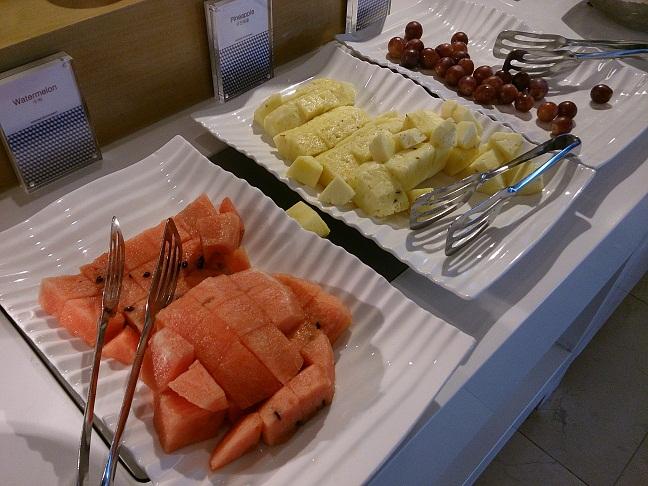 朝食etc メルキュール アンバサダー ソドベ_b0060363_13135547.jpg
