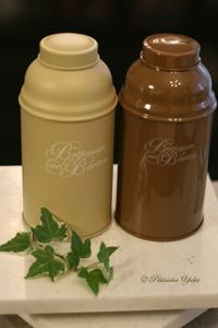 paris 私のお気に入り ~紅茶編~ 「Betjeman&Barton紅茶缶」_c0138180_12324282.jpg
