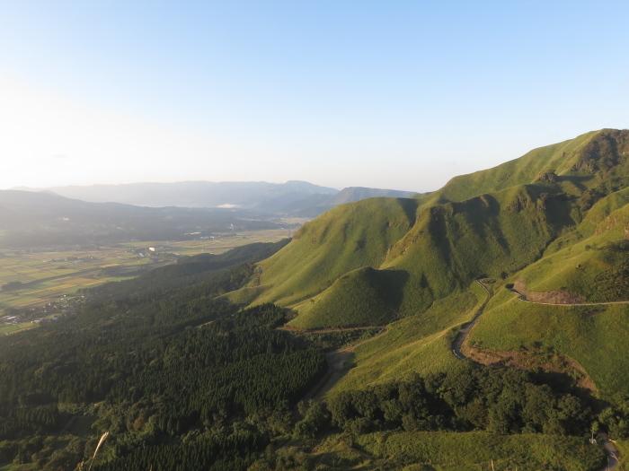 九州放浪6日目その1 外輪山を登る_b0339488_20464173.jpg