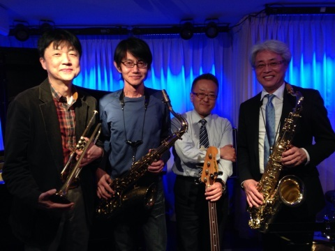 Jazzlive comin 広島 本日金曜日のライブ!_b0115606_11424961.jpg