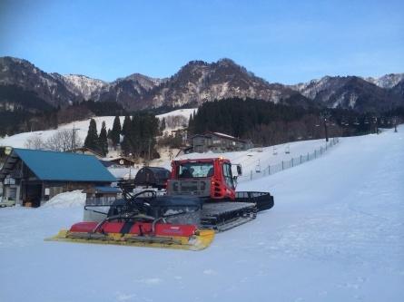 春休み、滑り納めキャンプ開催中!!_f0101226_21370014.jpg