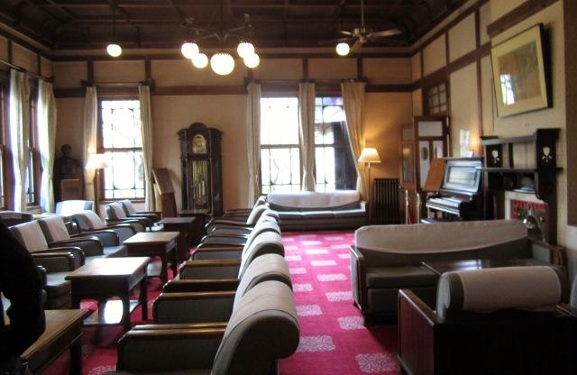 奈良ホテル    _c0009275_2350599.jpg