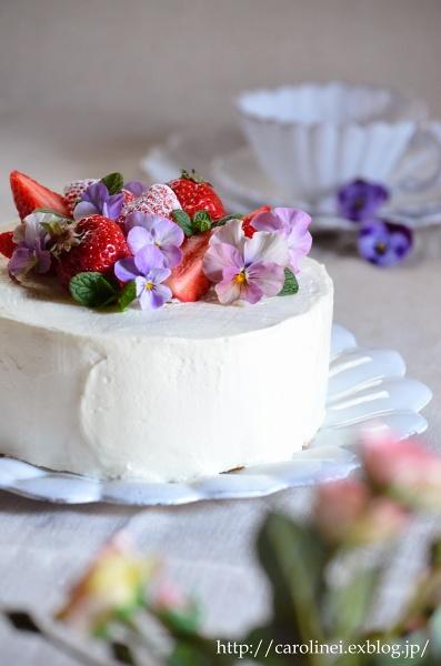 夫の誕生日に春のショートケーキ  Homemade Strawberry Sponge Cake for My Husband\'s Birthday_d0025294_22305669.jpg