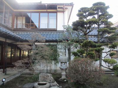 春を待つ庭園_f0289632_22142688.jpg