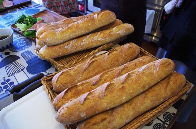 フランスパン修行_e0167593_1757661.jpg
