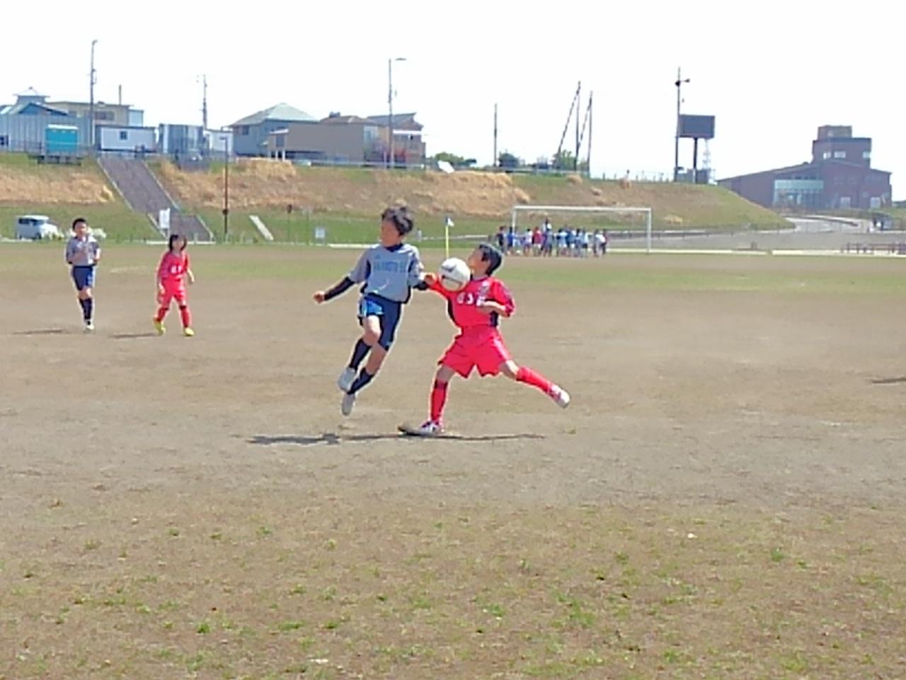 3年生HODOGAYAリーグ&練習試合_a0109316_21401328.jpg