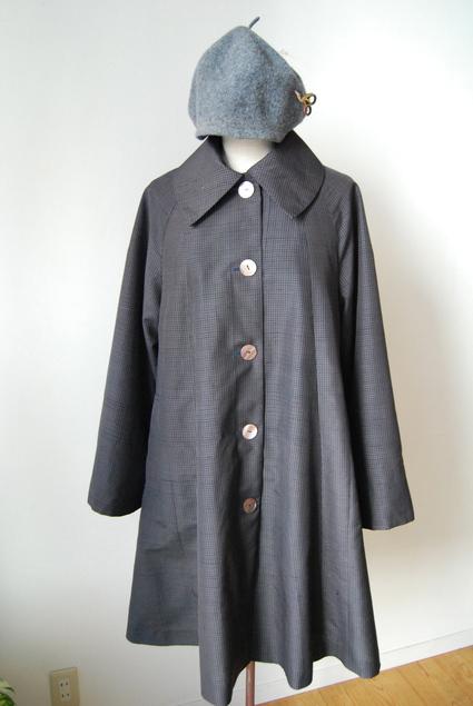 着物リメイク・男物の着物で大きな襟ガーリーコート_d0127925_23481973.jpg