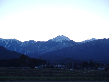夕暮れの風はまだ少し冷たくて_a0014840_19740.jpg