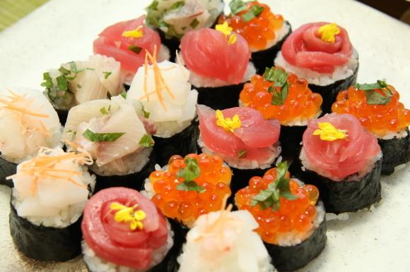 春爛漫散らし寿司弁当&春香るおうち居酒屋開店です。_c0326245_11145157.jpg