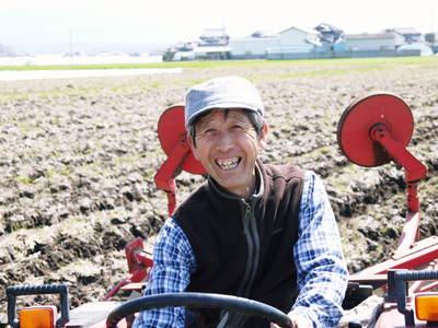 七城米 長尾農園 「天地返し」で深くまで強い根をはる田んぼ作り!_a0254656_1937119.jpg