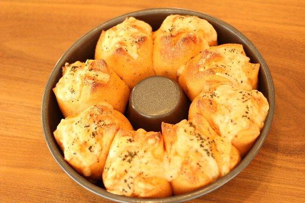 エンゼル型付き! 日本一簡単に家で焼けるちぎりパンレシピ_f0224568_7442384.jpg