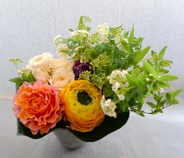 送別用。女性に。砂川市に発送。「黄色、オレンジ、白、グリーン等で」。_b0171193_22013480.jpg