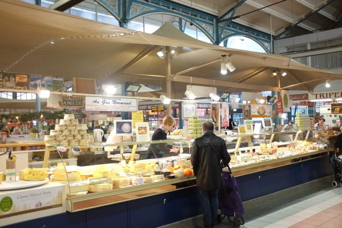 Dijon (Digione)  ブルゴーニュ地方の旅④, ディジョンのマルシェ_b0246303_18173971.jpg