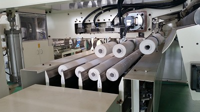 最新鋭のトイレットペーパー工場!_d0050503_11301541.jpg