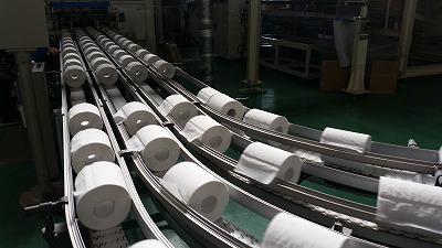 最新鋭のトイレットペーパー工場!_d0050503_1130277.jpg