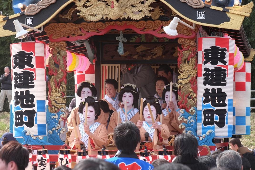 第199回 西金砂神社小祭礼 <9> 手踊り(東連地町)) 2015・03・28_e0143883_19355452.jpg
