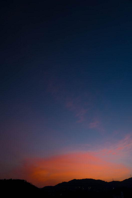 色彩の変化を見せてくれる夕空に感謝しつつ_f0189086_22155329.jpg
