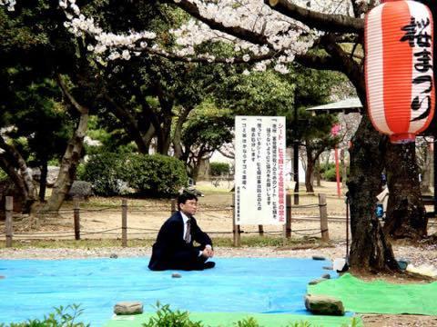 桜 VS ブルーシート!_a0037910_06583091.jpg