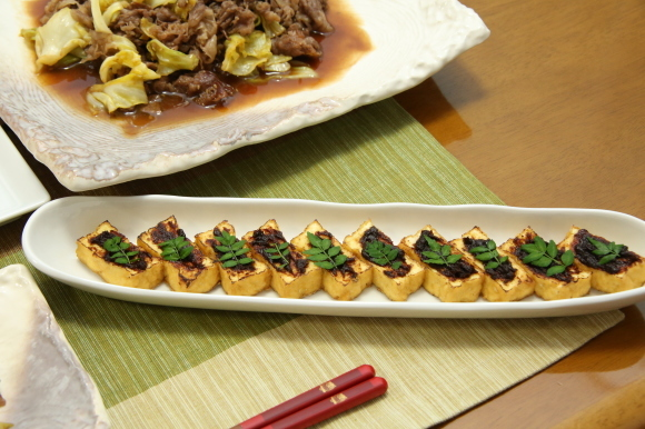 カラフルチキングリル弁当&手毬風寿司と日本酒のおつまみ。_c0326245_11235999.jpg