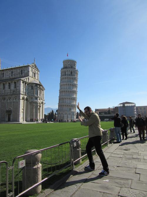 18年ぶりにPISAの斜塔に会いに行った!!_c0179785_5421438.jpg