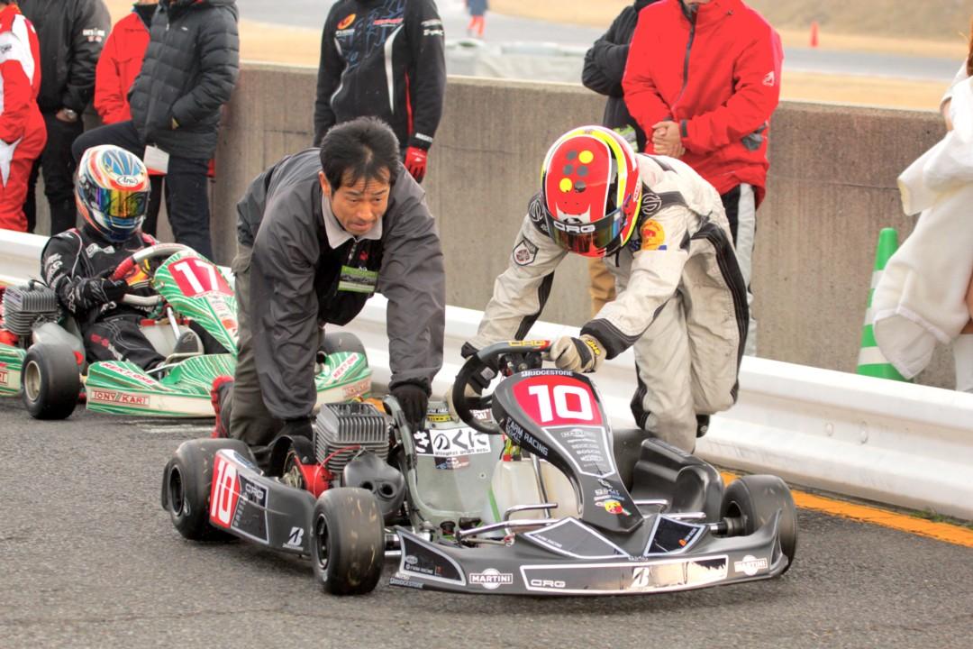 2015 鈴鹿選手権 第1戦 カートレース in SUZUKA_d0016409_2321321.jpg