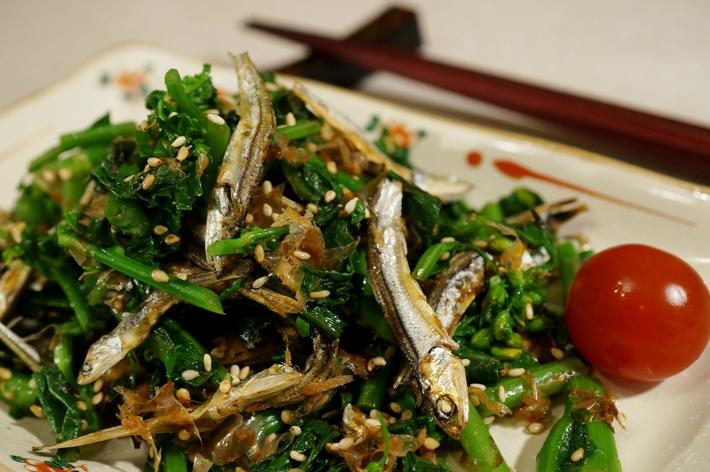 ■5分で出来る簡単常備菜【菜園掻き菜と食べる小魚のおかか和え】です♪_b0033423_2001558.jpg