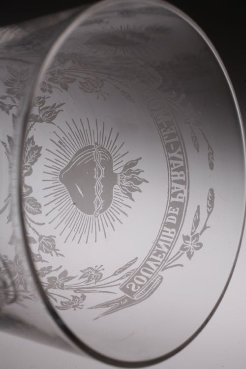 PARAY-LE-MONIAL glass_c0108595_1202468.jpg
