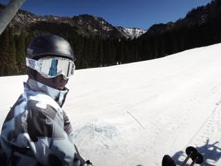 上達にはこの時期の練習が一番大事.....朝一スキー友人と..._b0194185_2253443.jpg
