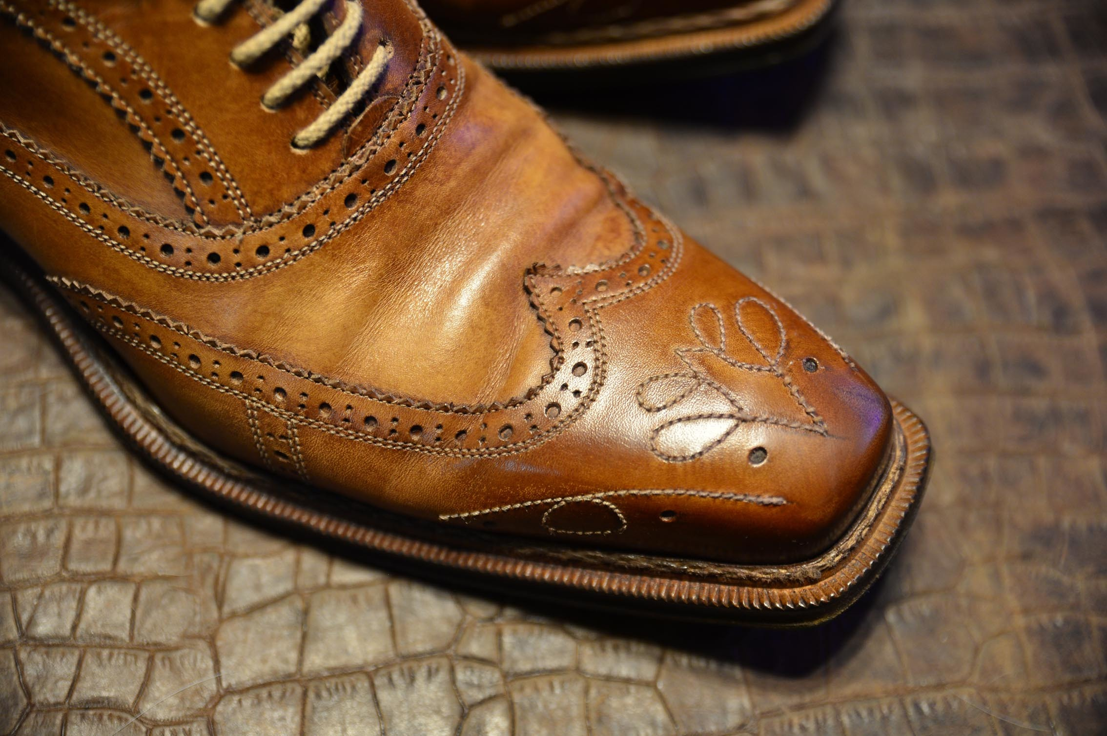 ブランキーニの靴1_b0310424_14151671.jpg