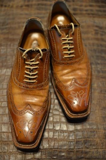 ブランキーニの靴1_b0310424_14151886.jpg