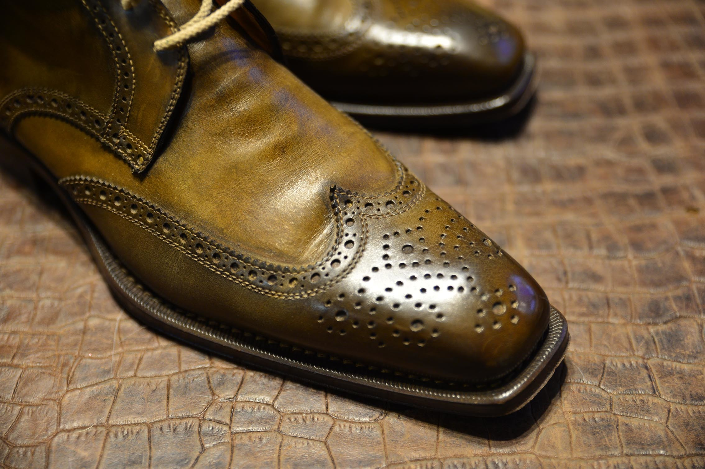 ブランキーニの靴2_b0310424_15042886.jpg
