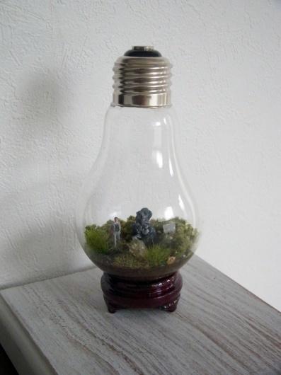 Arakiさんの個展にて販売予定の鉱物ジオラマ電球(置き型)4点_f0280238_21213614.jpg