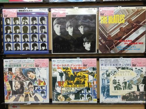 ビートルズを扱わせたら大阪一!?(アナログ店より)_e0191344_1219457.jpg