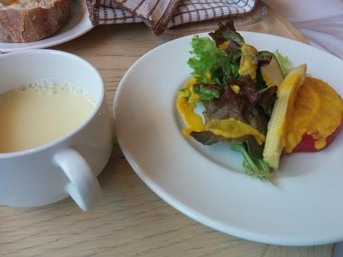 子連れカフェ、代官山チャノマにてランチ_e0123104_1139578.jpg