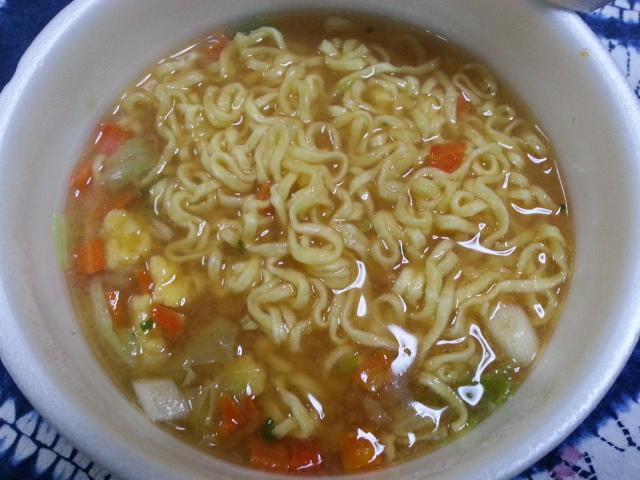 イトメン まつやとり野菜みそラーメン ¥198_b0042308_8465713.jpg