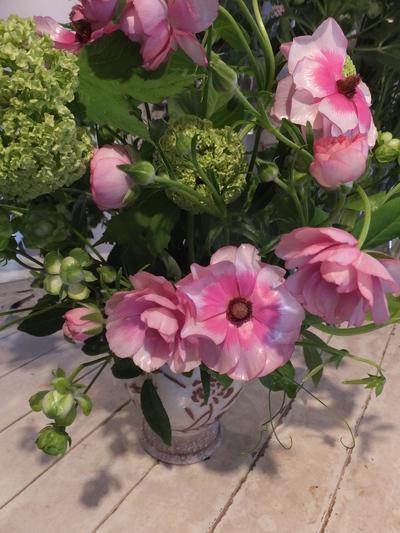 オークリーフ花の教室(富田さんと小林さんの作品)_f0049672_19204121.jpg