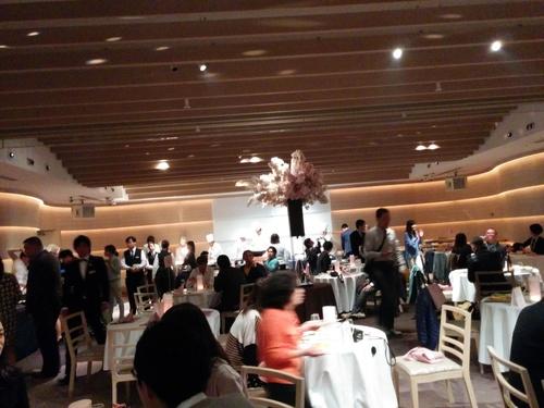 老舗シャトー勝沼のワインと夜桜ビュッフェ@八芳園_e0123104_8433135.jpg