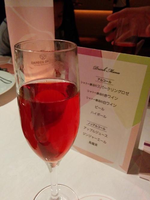 老舗シャトー勝沼のワインと夜桜ビュッフェ@八芳園_e0123104_848428.jpg