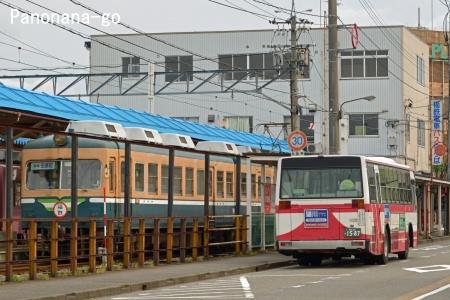 ふるさとの、ちいさな電車 ~うしろ姿の風景~_c0185241_23131529.jpg